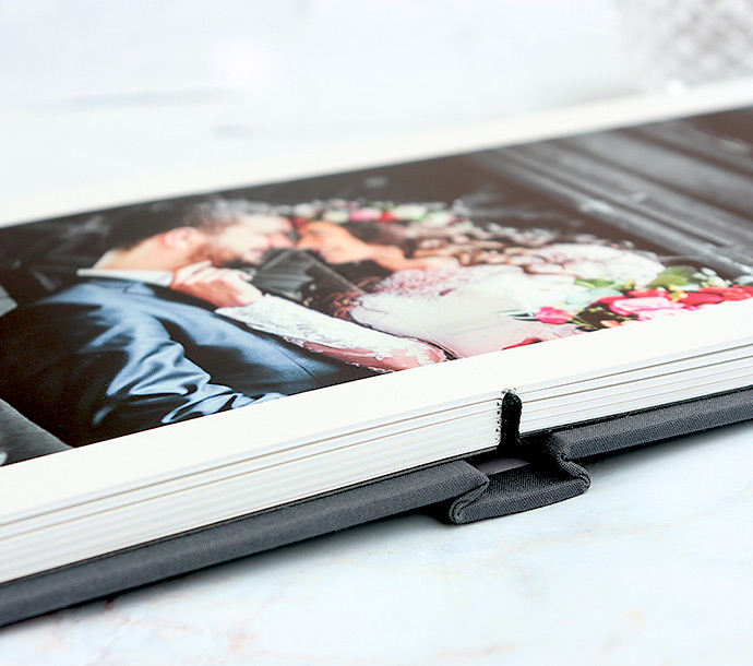 Photo Books Lay Flat: Create 11x8 Landscape Classic Layflat Photobook